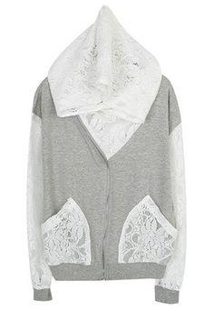 Transformación suéter con bolsillos y capucha de encaje.