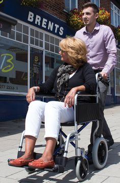 One of the lightest transit wheelchairs on the market the CareCo Aluminium Traveller is ideal for sorting in the boot of your car ready for use when going on days out.