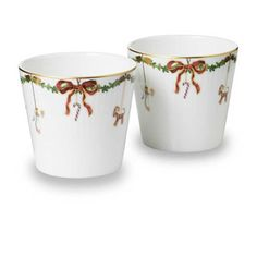 Royal Copenhagen Star Fluted Christmas Serving Cups - Set of 2 Christmas China, Christmas Cup, Christmas Plates, Christmas Tables, Christmas 2017, Royal Copenhagen, Copenhagen Denmark, Copenhagen Christmas, Christmas Service