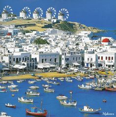 beautiful Mikonos, Greece Best Lounges and Disco's on a Beach!