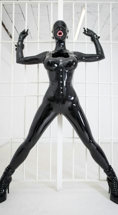 Hey welcome to Latex London Kink I love photography and I love latex,bondage, and anything kinky and...