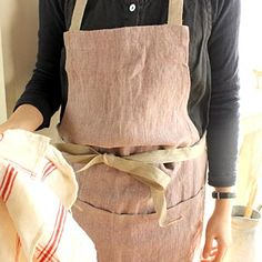 [Envelope Online Shop]Linen apron....ALWAYS make you smile to wear a FABULOUS apron while cooking & baking......right?