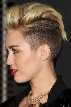 Miley Cyrus beauty evolution! 33 photos of her best hair and makeup looks.