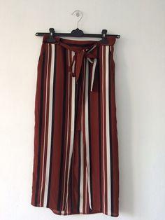 Spódnica w paski z Primarka Atmosphere z mojej szafy! Rozmiar 36 / 8 / S za 19.00 zł. Zobacz: http://www.vinted.pl/damska-odziez/spodnice/16347316-spodnica-w-paski-z-primarka.