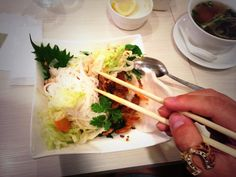 :))) it look so good RT @BlaisePlant Vietnamese for lunch!