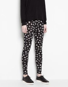 :LEGGING ESTAMPADO MARGARITAS