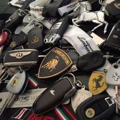 Lamborghini, Bentley, Ferrari Smart Key Fob remote control Top Gear by Ferrari, Maserati, Lamborghini Aventador, Lamborghini Diablo, Jaguar Xk, Bmw M4, Car Keys, Expensive Cars, Koenigsegg