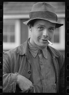 Grant Hallett, resettled tenant farmer, Tompkins County, New York Photographer Arthur Rothstein Created September 1937 Location Tompkins, New York Vintage Denim, Vintage Fashion, Men's Fashion, Fashion Tips, Old Pictures, Old Photos, Scottsboro Boys, New York Photographers, Bonnie N Clyde
