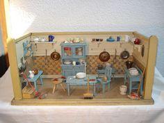 Alte Puppenküche um 1900, Manufaktur, schöne mittlere Größe, Orignalzustand | Antiquitäten & Kunst, Antikspielzeug, Puppen & Zubehör | eBay!