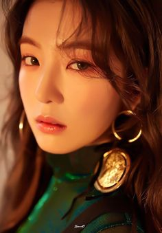 Image uploaded by ℛ 𝓞 𝓢 𝓔́. Find images and videos about kpop, red velvet and irene on We Heart It - the app to get lost in what you love. Kpop Girl Groups, Korean Girl Groups, Kpop Girls, Seulgi, Red Velvet Photoshoot, Rapper, Red Velvet Irene, Thing 1, Peek A Boos