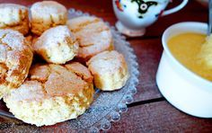 The smarter difference:20% fewer calories, eight times more protein, 80% less carbs than regular scones Serves:10-12 Time to prepare:10 min. Time to cook:25 minPreparation: Easy Free From:Sugar, Gluten, Wheat, Yeast, Dairy and Soya Suitable for Diets:Diabetics and Coeliacs Suitable