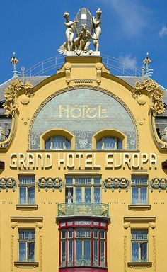 Prague, Grand Hotel Europa, looks a bit like the Grand Budapest Hotel Trieste, Resorts, Piscina Hotel, Places To Travel, Places To Visit, Europe Centrale, Art Nouveau Architecture, Building Architecture, Prague Czech Republic