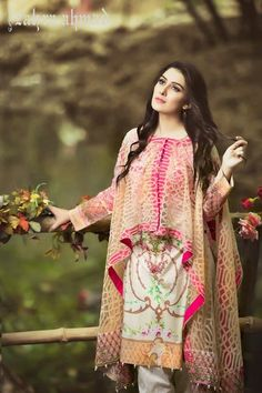 Stitching Styles 2018 for Pakistani Dresses for Ladies Pakistani Fashion Casual, Pakistani Dresses Casual, Pakistani Dress Design, Muslim Fashion, Indian Fashion, Pakistani Bridal Wear, Kurta Designs, Kurti Designs Party Wear, Stylish Dresses