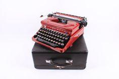 Everest Mod 90 typewriter  burgundy typewriter  by ElGranero