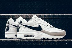 "Nike Air Max BW Premium ""Big BW"" (Light Iron Ore) - EU Kicks: Sneaker Magazine"