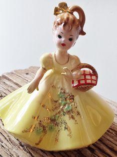 SORRY SOLD Josef Originals Vintage Figurine Doll Girl by cookiecuttercat, SALE $20.00 WAS $28.00