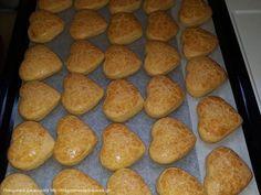 Συνταγή κουλουρακια πορτοκαλιού Greek Cookies, Hamburger, Biscuits, Bread, Food, Crack Crackers, Cookies, Brot, Essen