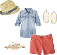 Outfit Five - Fourteen piece, ten day summer vacation packing list with ten outfits and printable packing list!  http://getyourprettyon.com/ten-day-summer-vacation-packing-list/