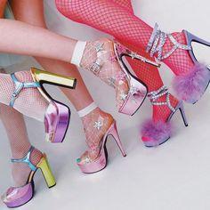 THE PASTEL /// pastel aesthetic / pink aesthetic / kawaii / wallpaper backgrounds / pastel pink / dreamy / space grunge / pastel photography / aesthetic wallpaper / girly aesthetic / cute / aesthetic fantasy Look Fashion, 90s Fashion, Fashion Outfits, Womens Fashion, Stiletto Heels, High Heels, Shoes Heels, Pumps, Glitter Heels