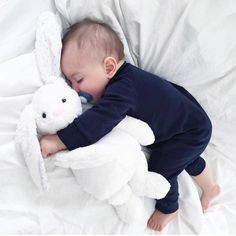 "3,400 Likes, 18 Comments - Emilia (@ulalikids) on Instagram: "" #babyboy #baby #babysliping #babysleeping #littlebaby"""