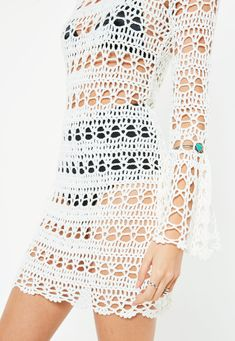 How to Crochet a Little Black Crochet Dress White Flare Sleeve Backless Knitted Crochet Dress. Order today & shop it like it's hot at Missguided. Crochet Beach Dress, Black Crochet Dress, Crochet Lace, Knit Dress, Crochet Dresses, Crochet Tunic, Crochet Summer, Dress Beach, Crochet Tops