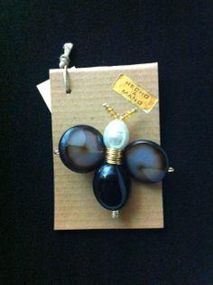 Glass & pearl brooch