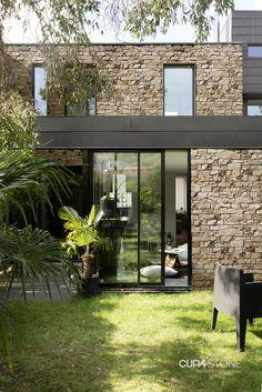Stone Exterior Houses, Dream House Exterior, Stone Houses, Stone Facade, Small Modern Home, Brick And Stone, New House Plans, Facade House, Old Houses