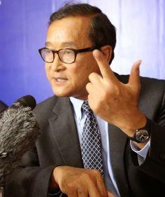 Cambodge Mag   : Sam Rainsy ''S'il vous plait, observez, nous arriverons au but : le changement…'' C'est en ces termes que le leader de l'opposition s'est exprimé ce vendredi à l'adresse de ses supporteurs.