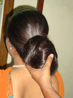 lucky basterd got to touch it😍😍😍😍😍😍 Long Silky Hair, Curls For Long Hair, Bun Hairstyles For Long Hair, Super Long Hair, Thick Hair, Beautiful Buns, Beautiful Long Hair, Gorgeous Hair, Long Indian Hair