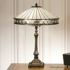Buy Art Deco style Tiffany table lamps from Bespoke Lights today. Fargo classic Art Deco lamp with iridescent Tiffany glass shade. Tiffany Style Table Lamps, Art Deco Table Lamps, Art Deco Lighting, Home Lighting, Lounge Lighting, Art Nouveau, Art Deco Mirror, Stars Hollow, White Table Lamp