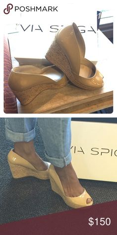 NWT Via Spiga Patent Nude Wedge Get these for your vacation or for my west coast ladies all year round! NWT nude patent leather wedge. This shoe goes with nearly EVERYTHING in your closet! Peep toe to shoe that cute pedicure! 🚫NO TRADES🚫 Via Spiga Shoes Wedges