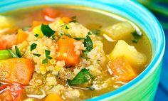 Aprenda a preparar uma sopa simples, saudável e nutritiva com quinoa e legumes. Quinoa Recipes Easy, Veggie Recipes, Baby Food Recipes, Mexican Food Recipes, Soup Recipes, Vegetarian Recipes, Healthy Recipes, Veggie Food, Quinoa Soup