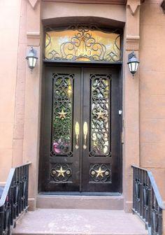 The Purple Door Blog. Brooklyn, NY, lots of ideas for pretty doors. TG