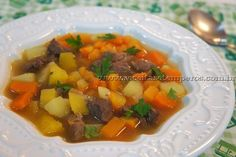 Sopa de Carne com Legumes | Receitas e Temperos