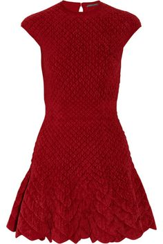 How fabulous is this #AlexanderMcQueen quilted dress!? #GoQuilted