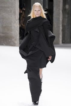Rick Owens - Spring 2017 Ready-to-Wear