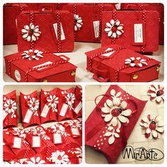 Pillow Box e Bag Suitcase scatoline laurea bomboniere rosse