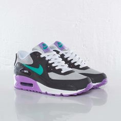 Nike Air Max 90 2007 (GS) #sneakers #nike #airmax  Need these asap