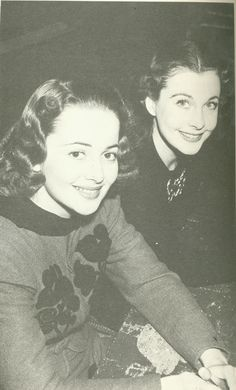 Viven Leigh and Olivia de Havilland  vivien and oliviasmall.jpg (500×827)