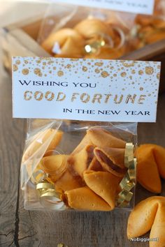 Good Fortune (cookie) printable - treat bag toppers to wish everyone a Happy New Year - NoBiggie.net