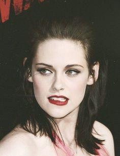 Kirsten Stewart, hot lips, beautiful After i have insigh that i was mistake boh Kristen Stewart Hair, Kirsten Stewart, Sils Maria, Hollywood, Woman Crush, Beautiful Celebrities, Pretty Face, Pretty People, Celebs