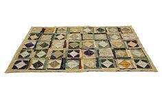 O tapete 'C81' é confeccionado com lona reciclada. Vendido por R$ 364 (m²) na Carbono Design