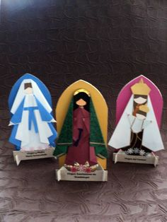 Nativity Advent Calendar, Religion Catolica, Quilling, Christmas Nativity Scene, Christmas Origami, Paper Beads, Paper Crafts, Arts And Crafts, Art Projects