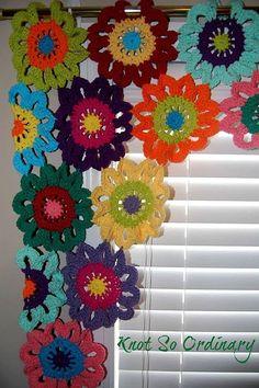 Flor cenefa flores cortinas de ganchillo cortinas por KnotsaPlenty