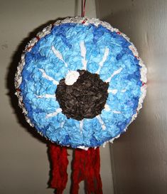 An Enticing Oasis of Creativity!: Eyeball Halloween Pinata