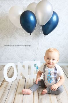 ideas for baby boy birthday photoshoot letters 1st Birthday Cake Smash, Baby Boy First Birthday, Boy Cake Smash, Photoshoot Idea, 1st Birthday Pictures, Birthday Ideas, Birthday Quotes, Birthday Gifts, Book Bebe