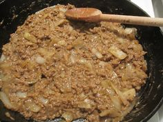 you're gonna wanna make this...  http://www.recitherapy.com/2012/02/meat-pie-attempt-2-filling.html