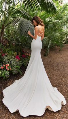 Sexy 2019 Mermaid Beach Wedding Dresses Sheer Back Beaded Cap Sleeve Wedding Gowns – Nederland mode Mermaid Beach Wedding Dresses, Sheer Wedding Dress, Wedding Gowns With Sleeves, Fit And Flare Wedding Dress, Backless Wedding, Mermaid Dresses, Bridal Dresses, Simple Classy Wedding Dress, Crystal Wedding Dresses