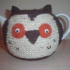 hand knit owl teapot cosy