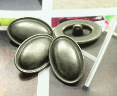 Folded Edge Metal Buttons , Nickel Silver Color , Oval , Shank , 1 inch , 10 pcs by Lyanwood, $6.00